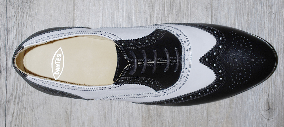 Men's shoe black and white